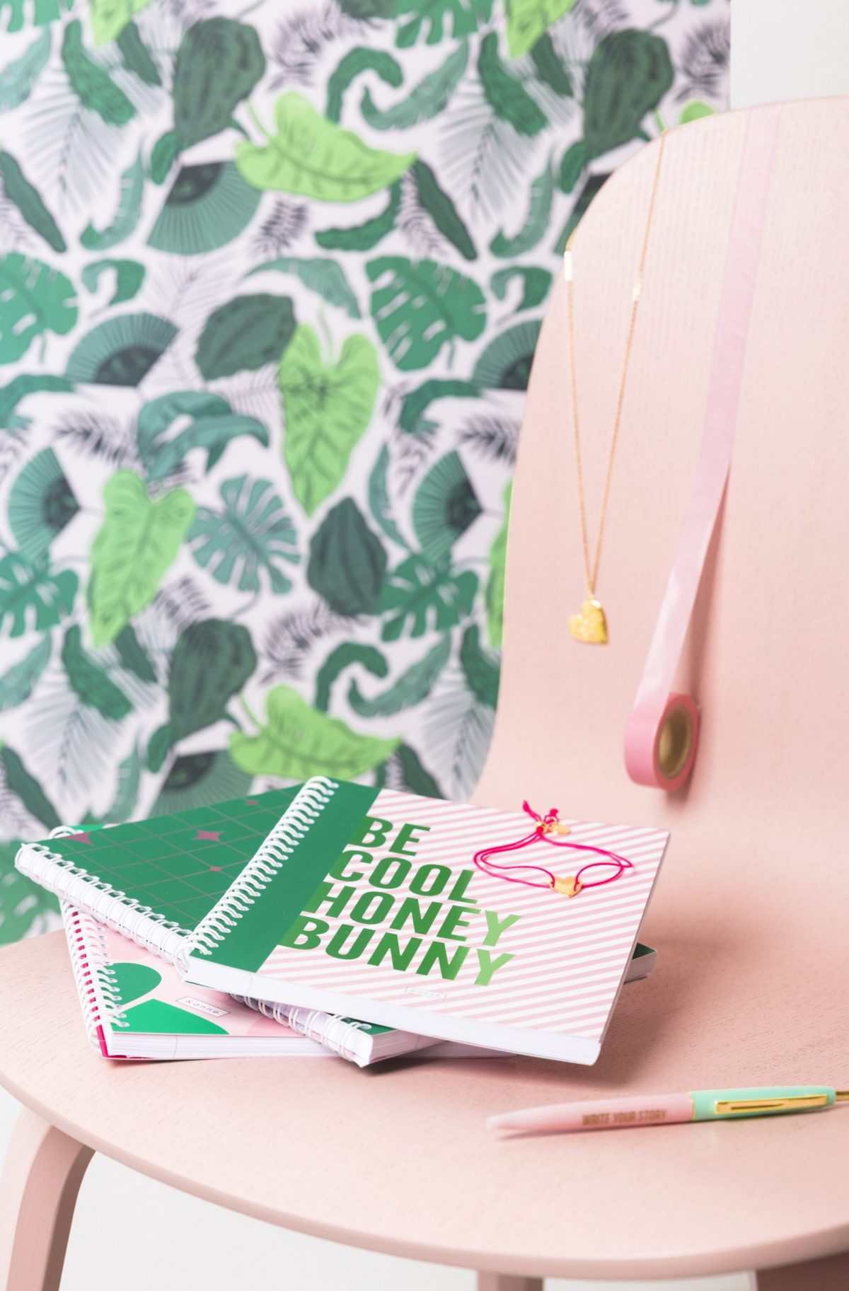 Stationery and lifestyle brand &anne - notebooks, weekplanners, agendas, jewelry